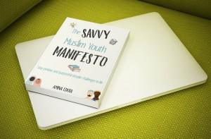 SMY manifesto ecover mockup on laptop